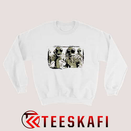 Sleestak Land of The Lost Vintage Sweatshirt Size S-3XL